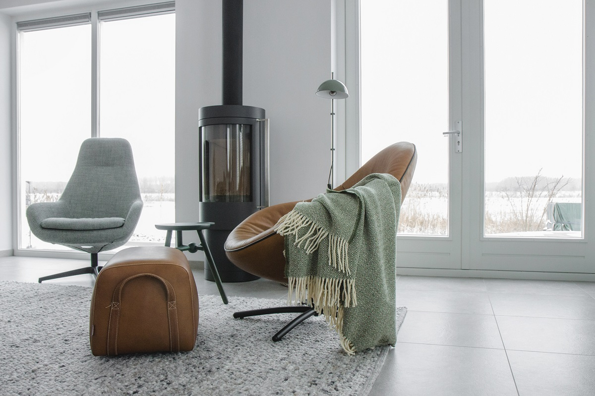 fauteuil-draaibaar-label-leer-stoer-woonkamer